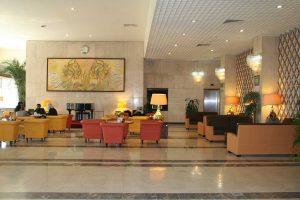رستوران و کافی شاپ هتل استقلال تهران