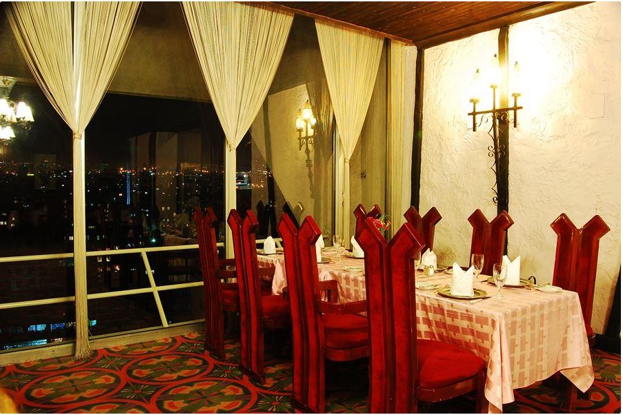 هتل لاله رستوران روتسیری