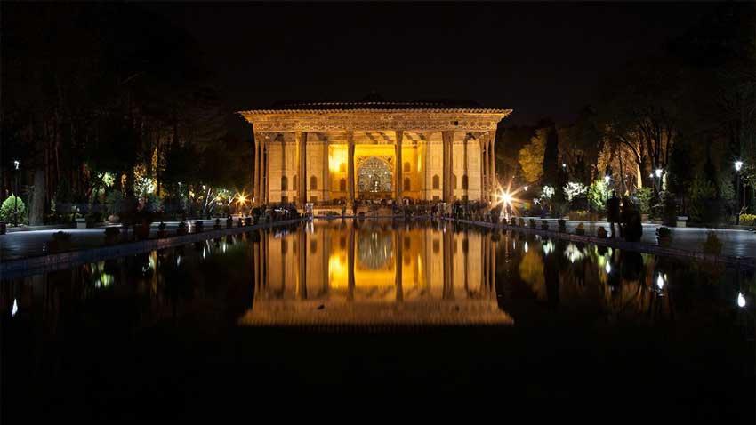 چهل ستون اصفهان مکان های دیدنی اصفهان