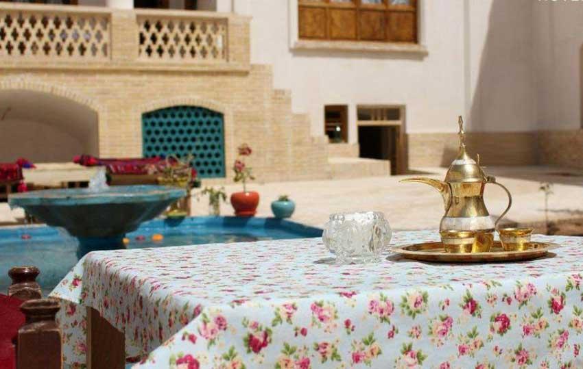 اقامتگاه سنتی کوشک فردوس کاشان