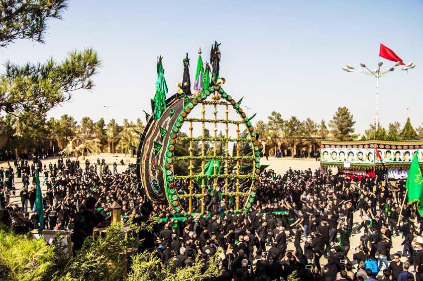 نخل گردانی یزد مراسم محرم ایران