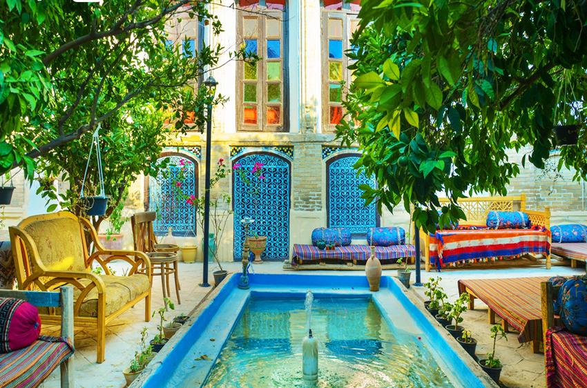 اقامتگاه بوم گردی قاجاریه شیراز