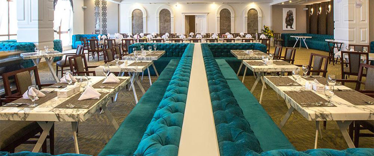 رستوران های هتل اسپیناس پالاس ۴