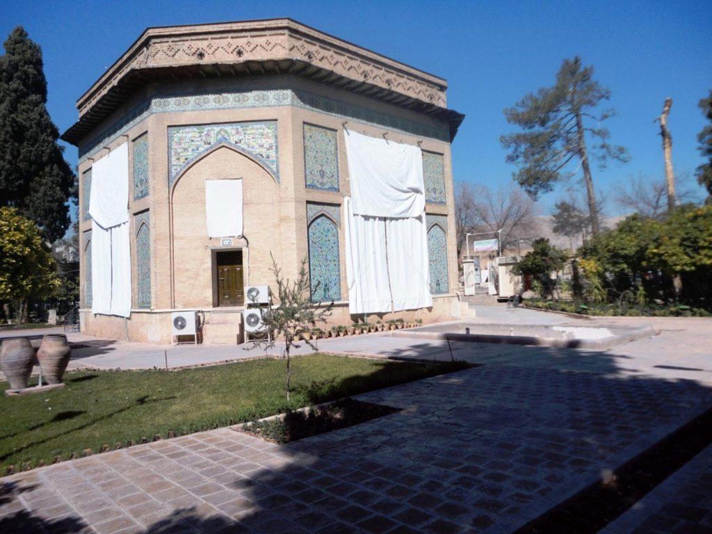 عمارت کلاه فرنگی از محبوب ترین جاهای دیدنی شیراز