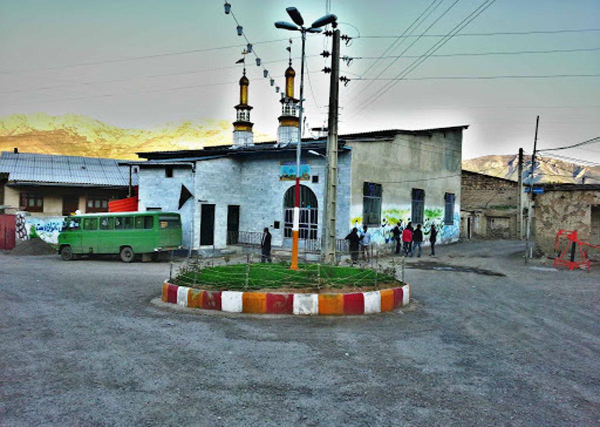 مسیرهای دسترسی به روستای اروست