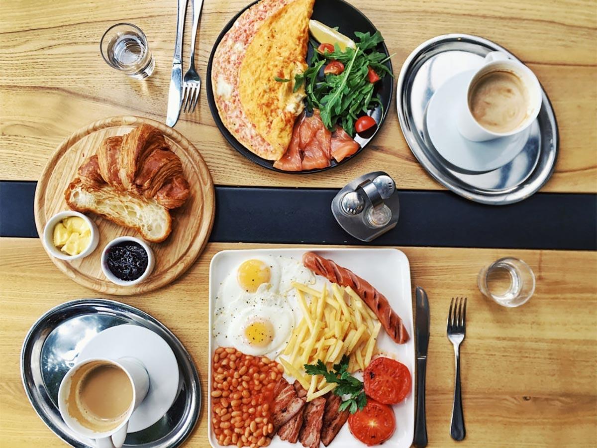 صبحانه هتلی
