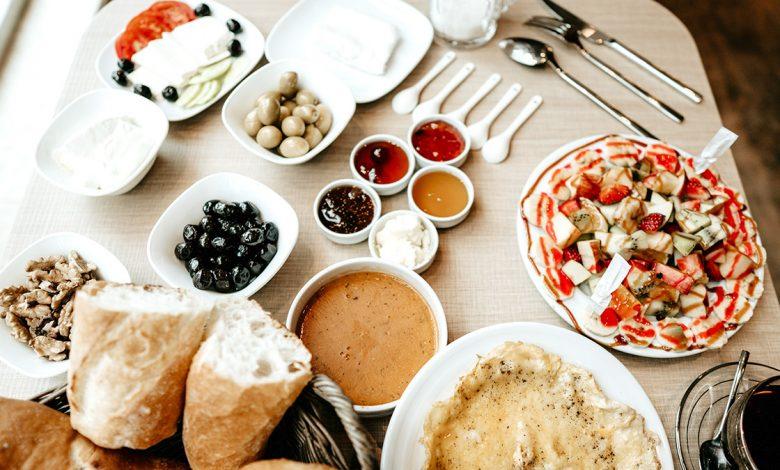 صبحانه به سبک هتل