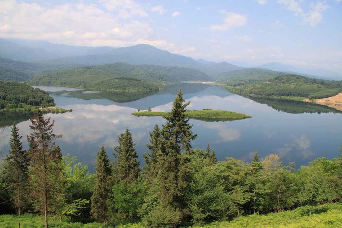 دریاچه لفور سوادکوه کجاست