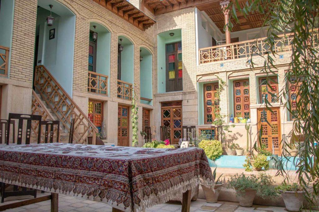 اقامتگاه سنتی سهراب
