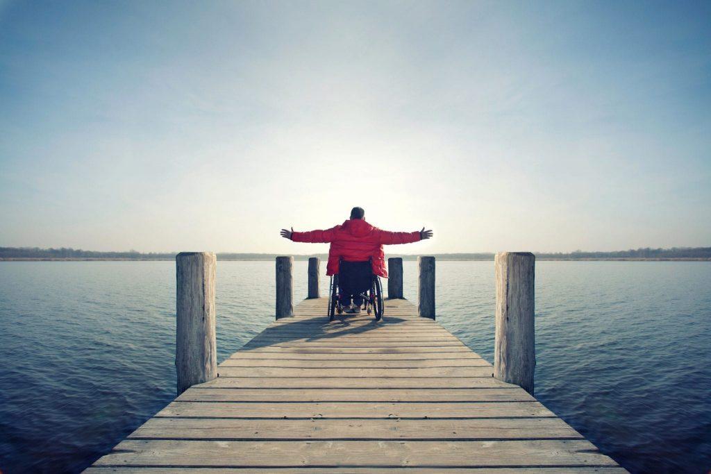 افراد دارای معلولیت و افراد توانیاب