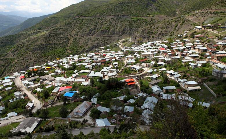 روستای آلاشت کجاست